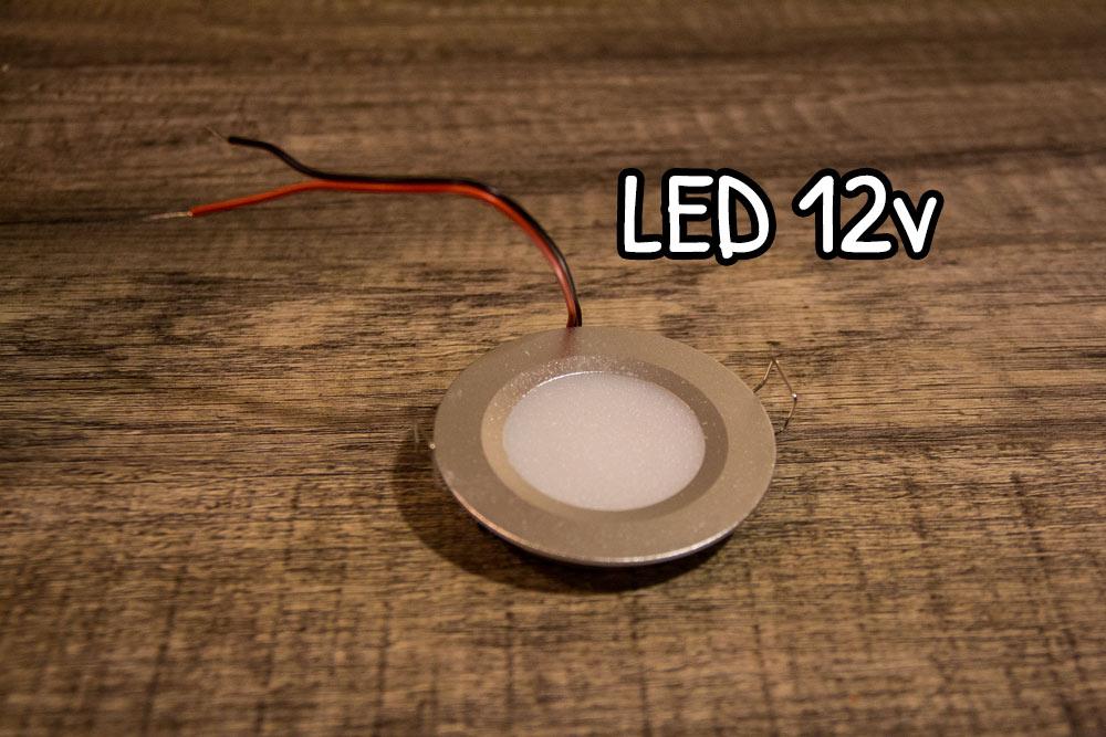 Lampada LED 12v della Aceego per camper